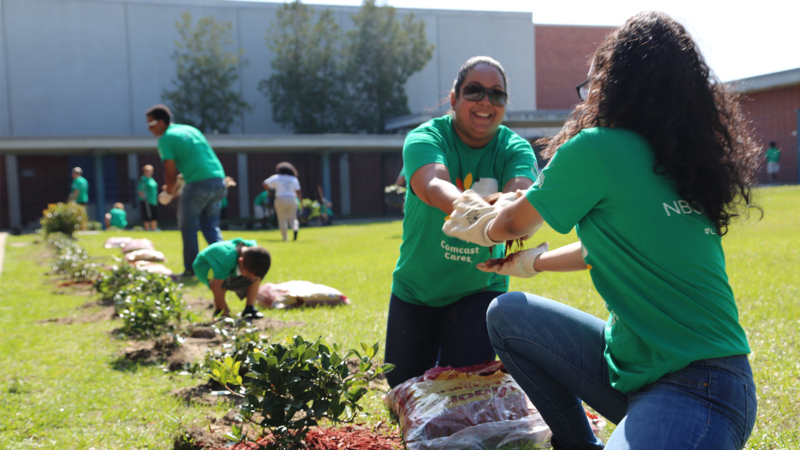 Our 17th annual #ComcastCaresDay is this Saturday, April 21. This #ComcastCaresDay will mark over 1 million volunteers, a milestone we are incredibly proud of. Thank you to past and current employees, friends and family, and community partners for coming together to make change happen in our communities.
